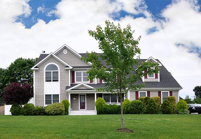 a lynbrook new york suburban home exterior