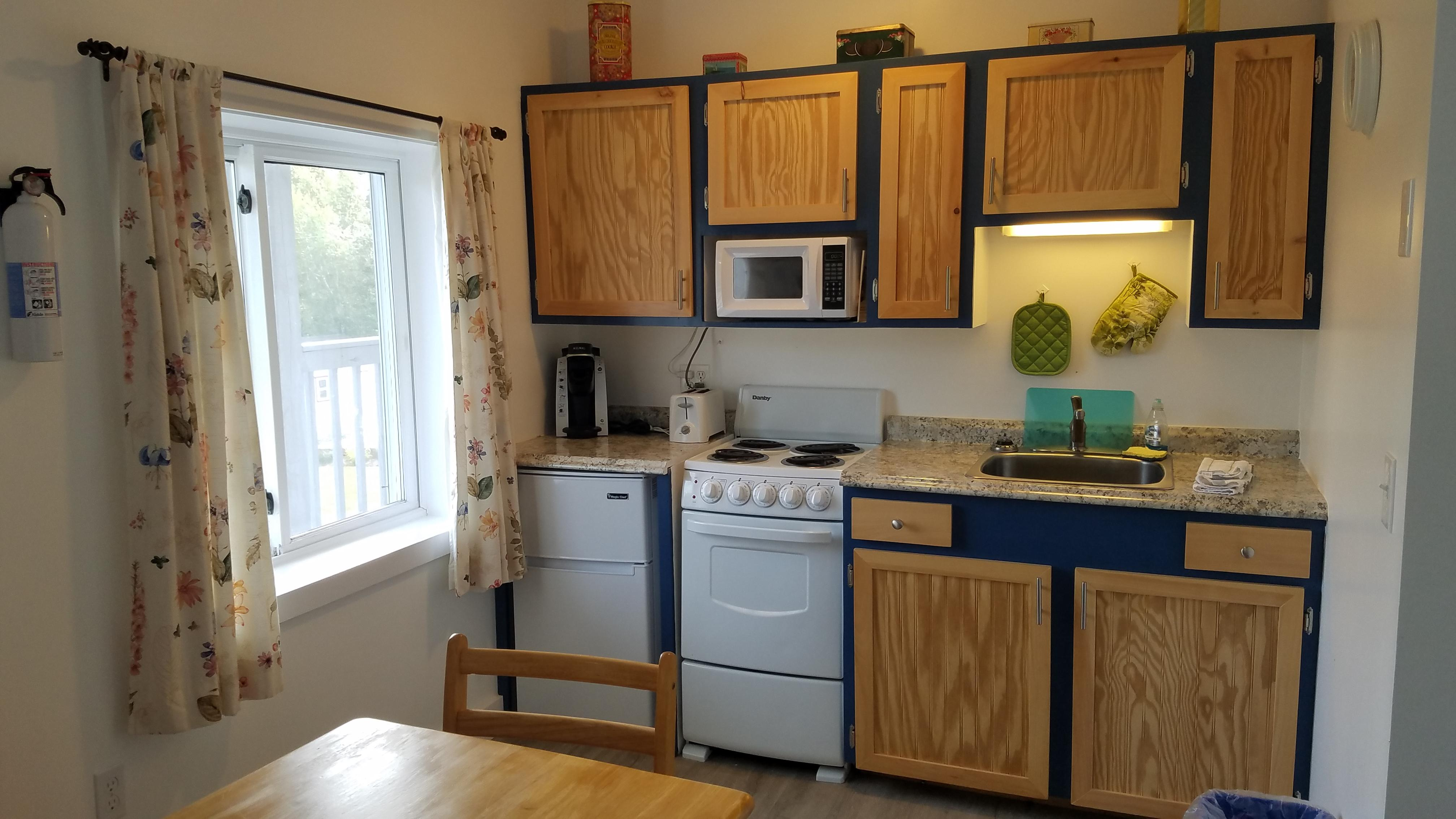 full kitchens for lodging in acadia national park