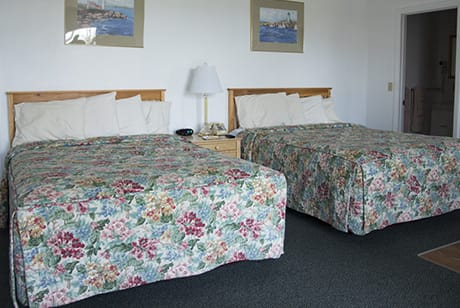 Two queen size beds for family lodging in acadia national park