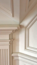 bills upstair mantle detail