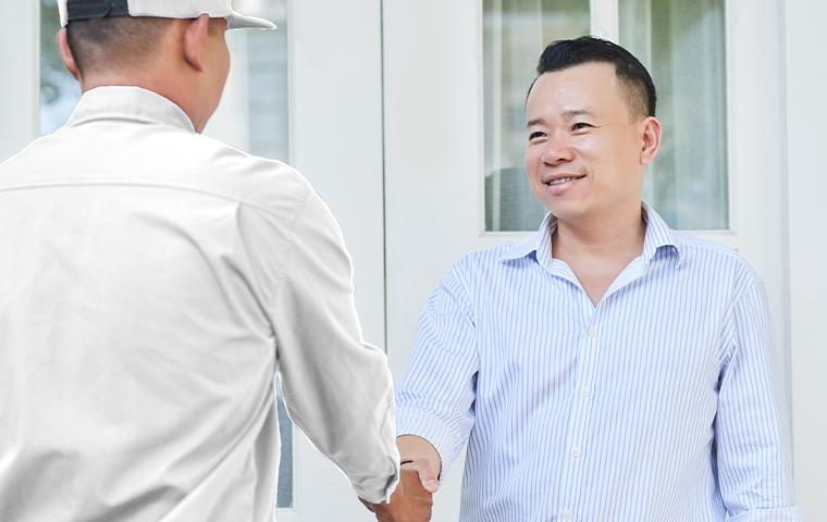 technician greeting client