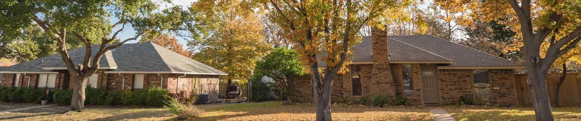 a row of homes in a suburban neighborhood in anna texas