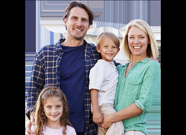 a happy family of four in tulsa oklahoma